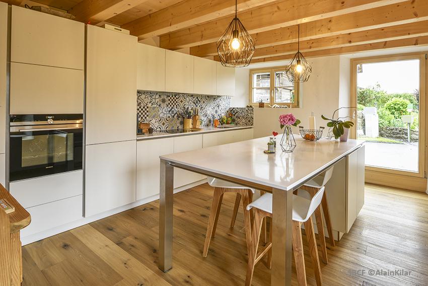 Grange protégée Grandvillard - cuisine